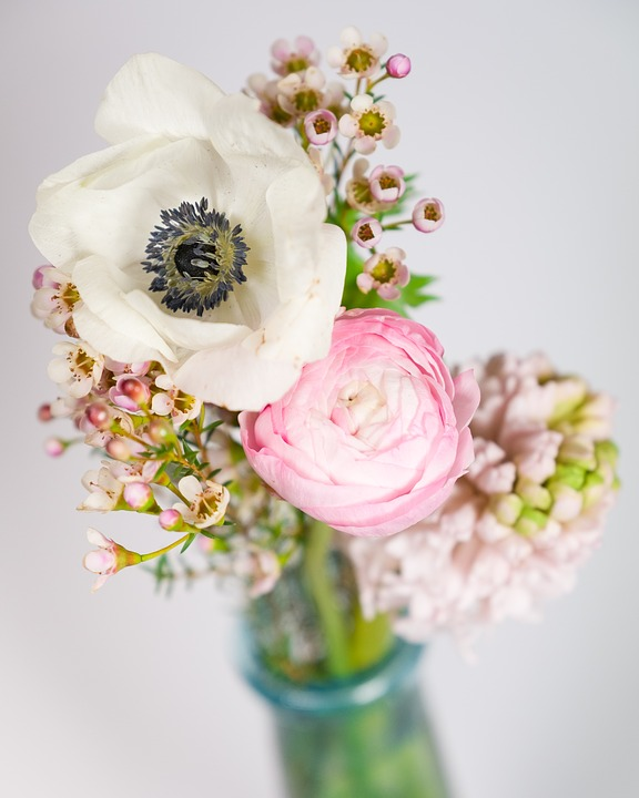 Photo+courtesy+of+Pixabay.+Flowers+are+a+must+for+prom.++